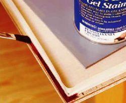 Чтобы покрасить аккуратно используйте малярный скотч