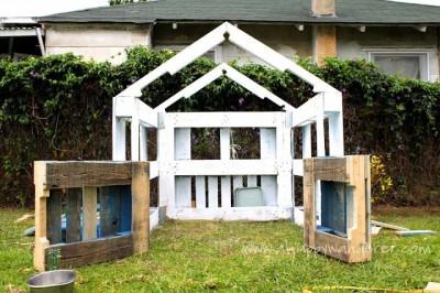 Домик для детей из поддонов