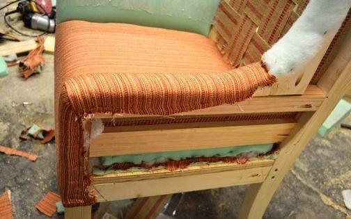 Обшивка тканью подлокотников