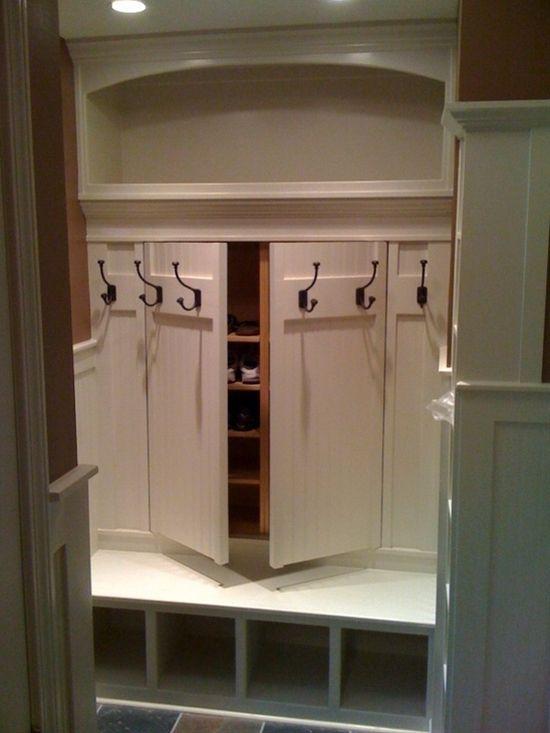 Секретный встроенный шкаф